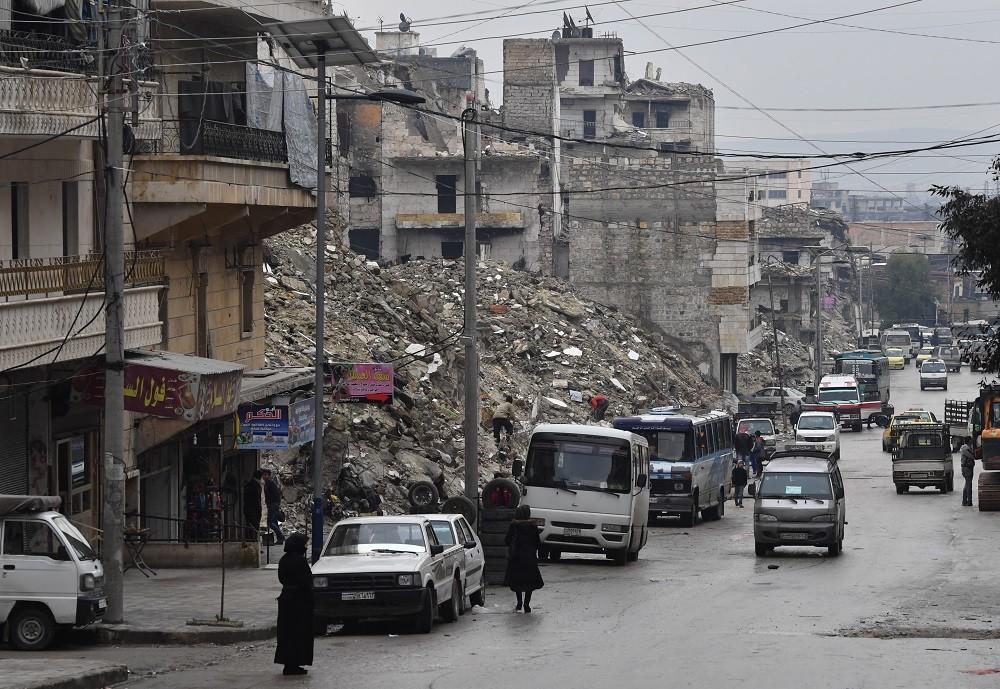 السلطات السورية والمعارضة المسلحة تتبادلان الأسرى