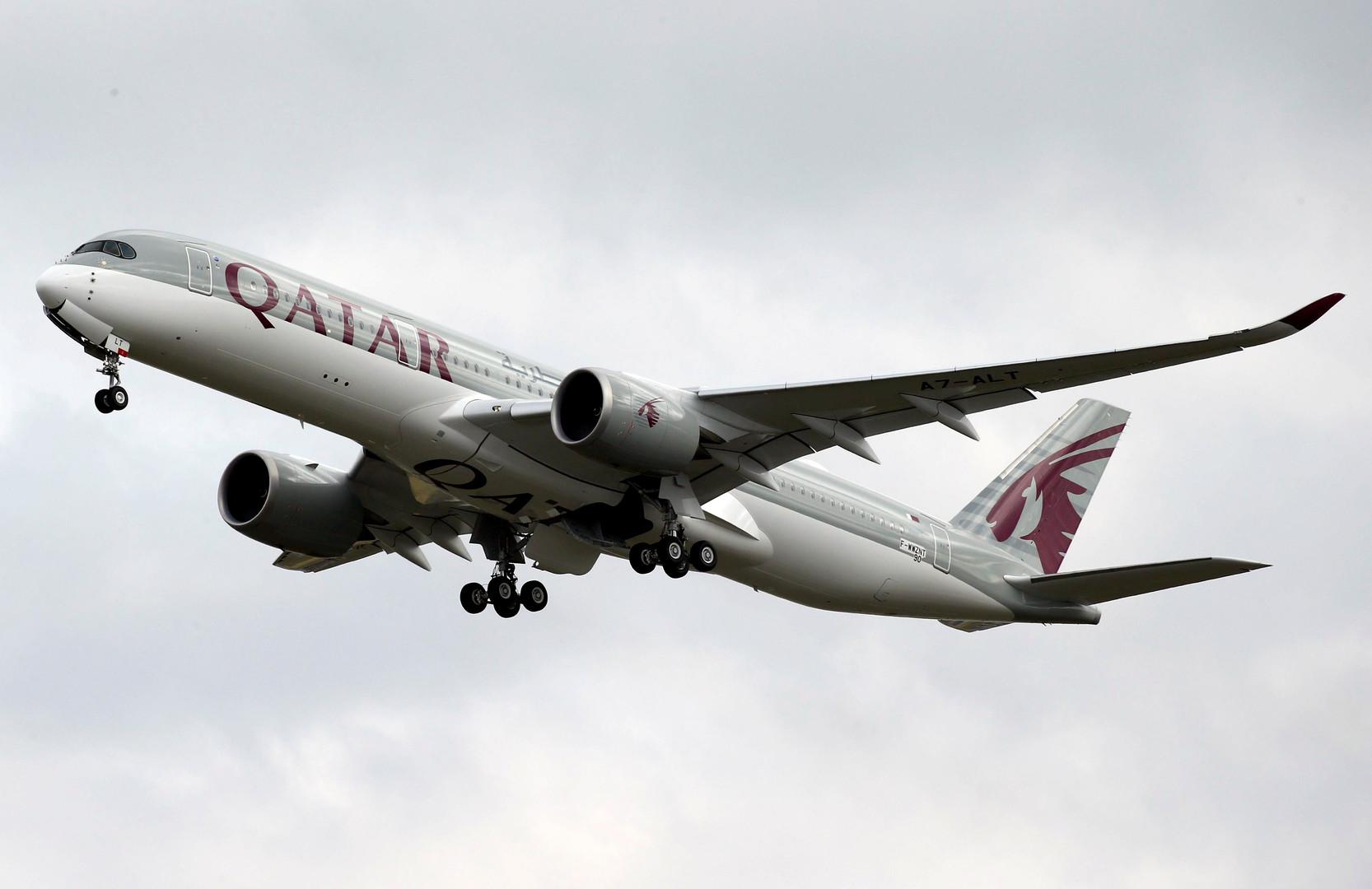 """طائرة تابعة لشركة """"الخطوط الجوية القطرية"""""""