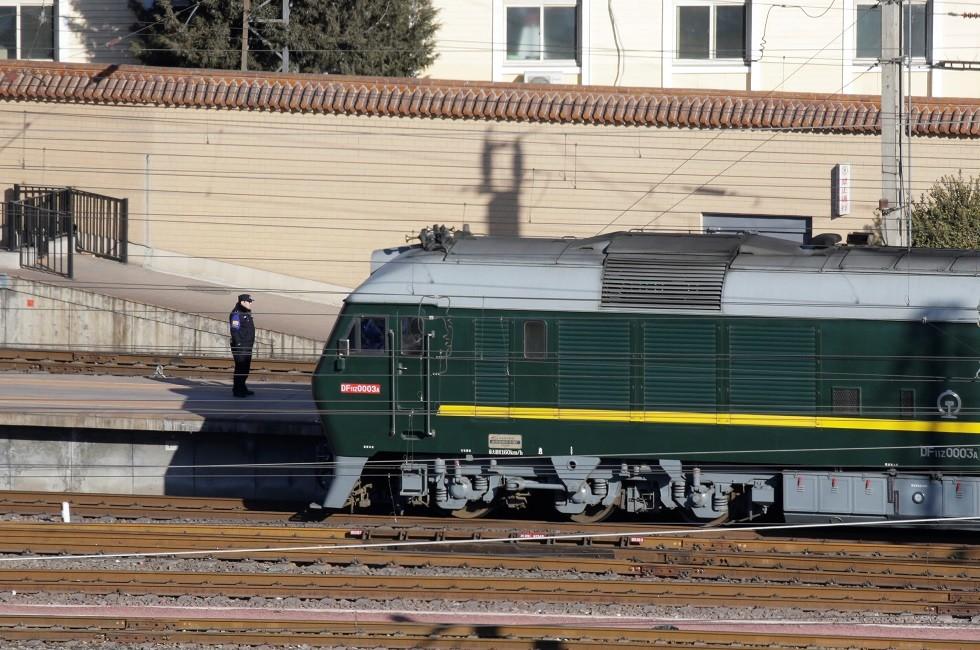 بالصور.. كيم جونغ أون يتوجه بقطاره المصفح إلى روسيا لعقد أول قمة مع بوتين