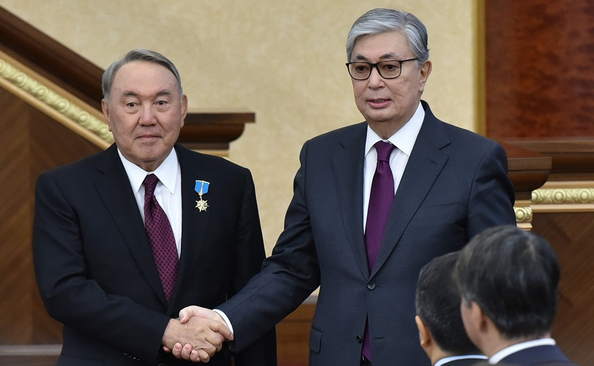 الرئيسان الكازاخيان الحالي قاسم جومارت توكايف والسابق نورسلطان نزاربايف