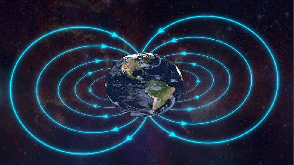 حل لغز تحرك القطب المغناطيسي الشمالي بسرعة كبيرة