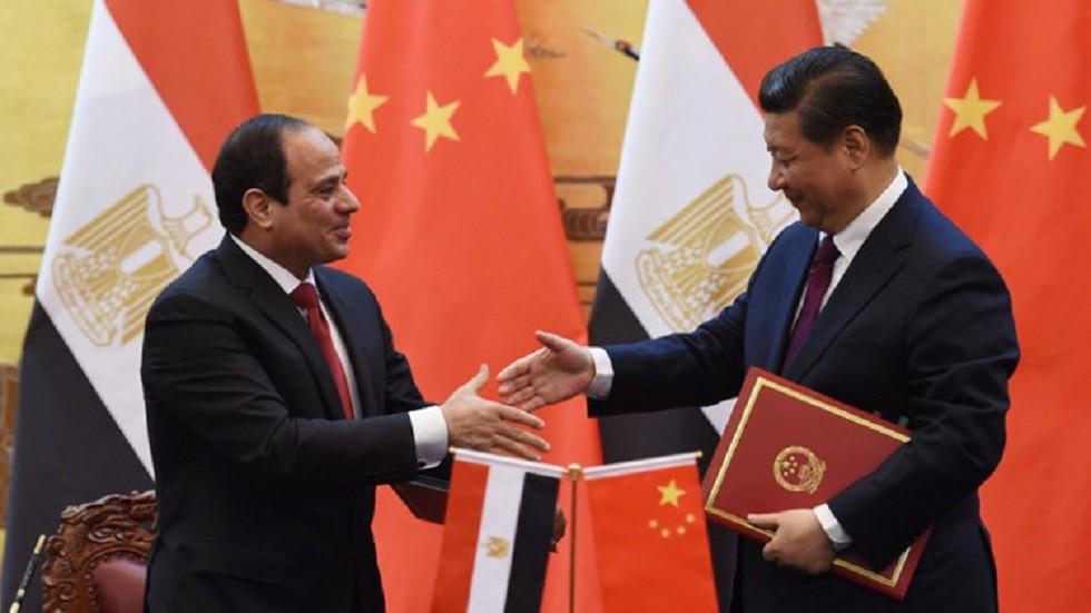 الرئيس المصري يتوجه إلى الصين لحضور قمة الحزام والطريق