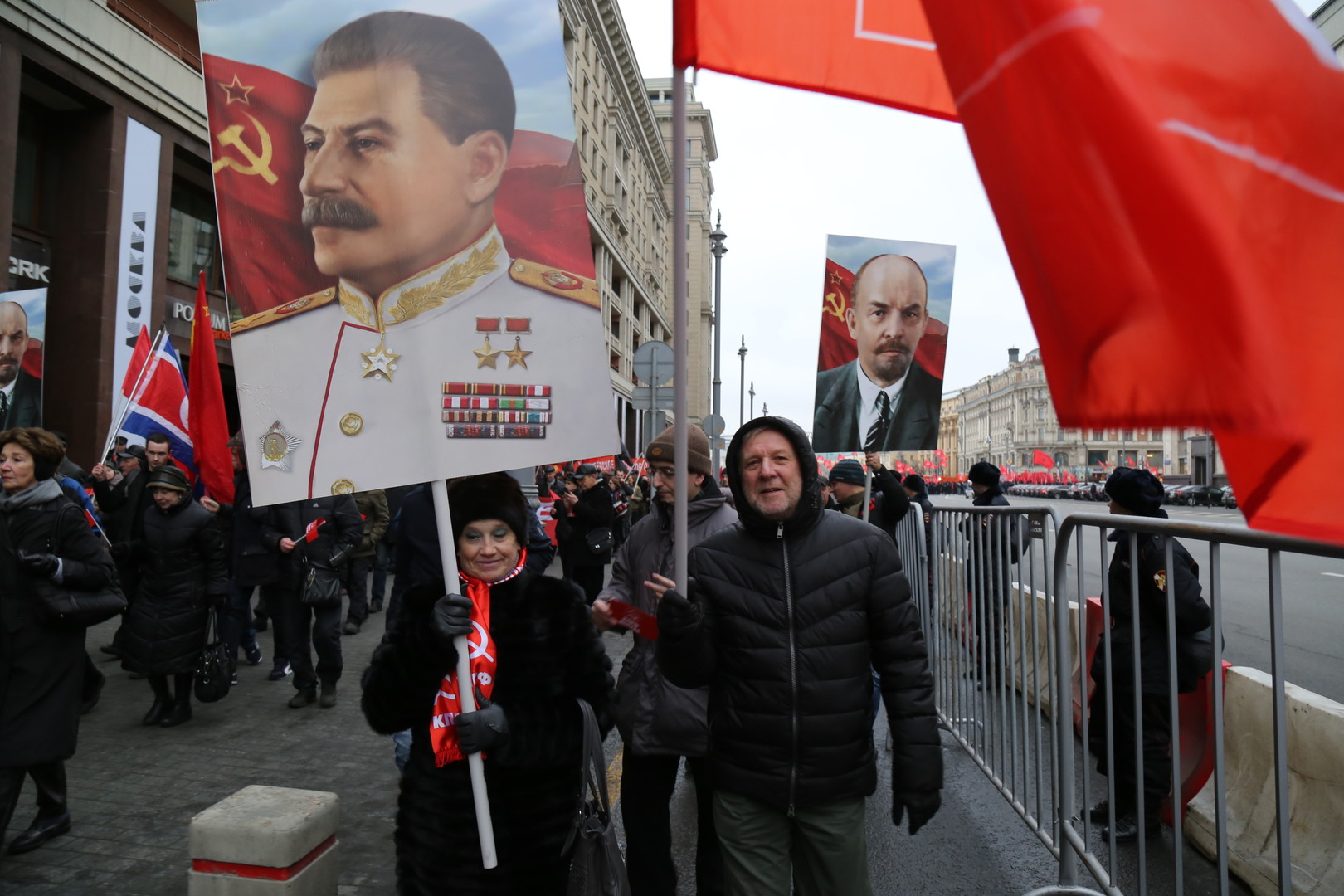 الصين تدافع عن ستالين