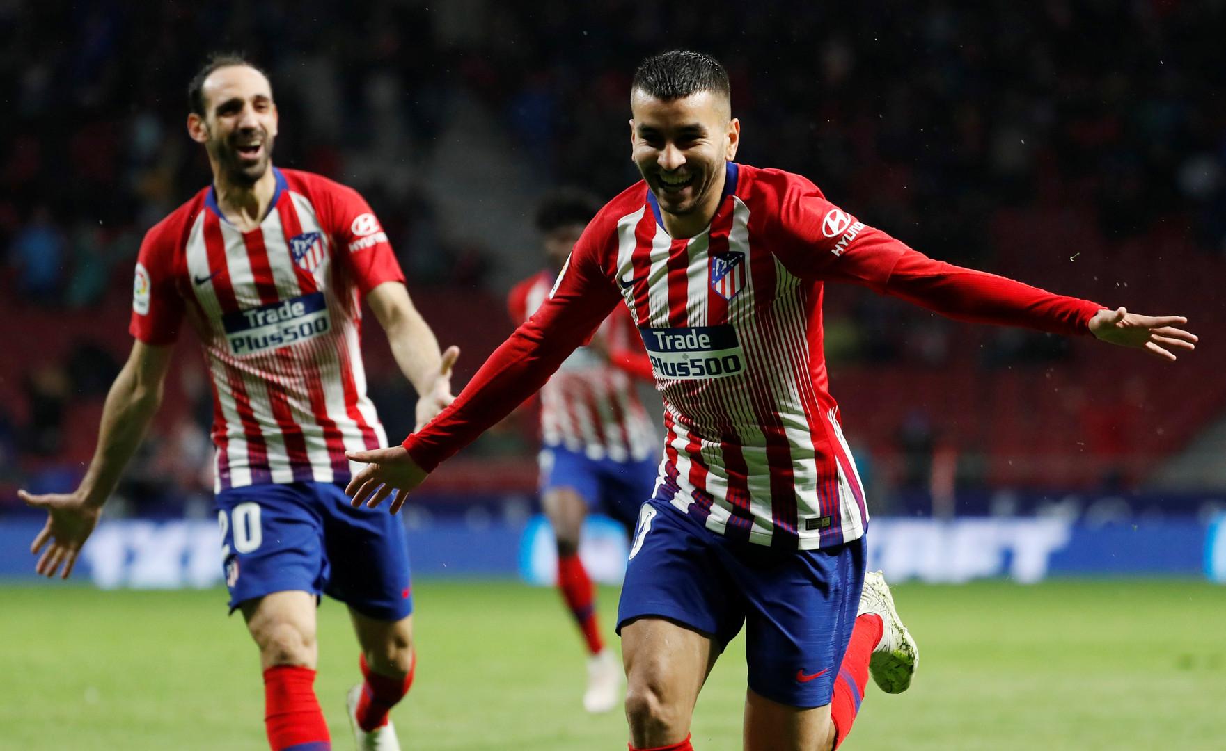 أتلتيكو مدريد يهزم فالنسيا ويؤجل حسم برشلونة للقب