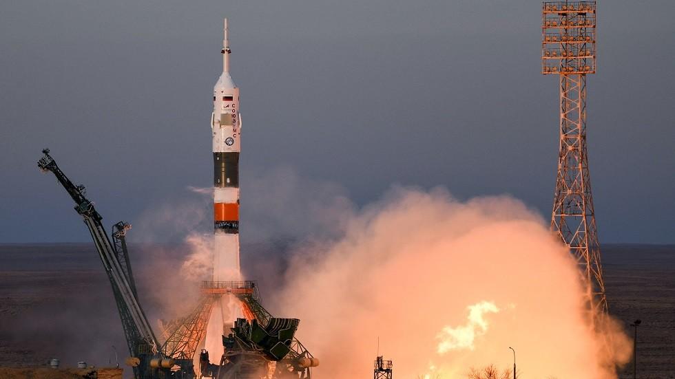 روسيا تطلق قمر اتصالات متطورا