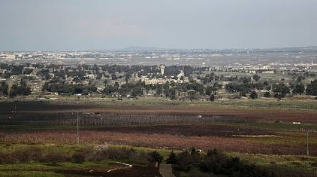 After winning the Knesset elections .. Netanyahu and his family visit the occupied Golan (video)