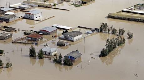 Syria sends humanitarian aid to flood victims in Iran