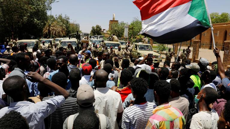 لجنة أطباء السودان المركزية: عدد القتلى جراء المظاهرات منذ 20 ديسمبر الماضي بلغ 90 شخصا