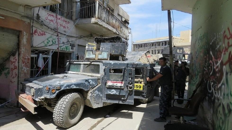 العراق.. القضاء على انتحاريين اثنين داخل سيارتهما