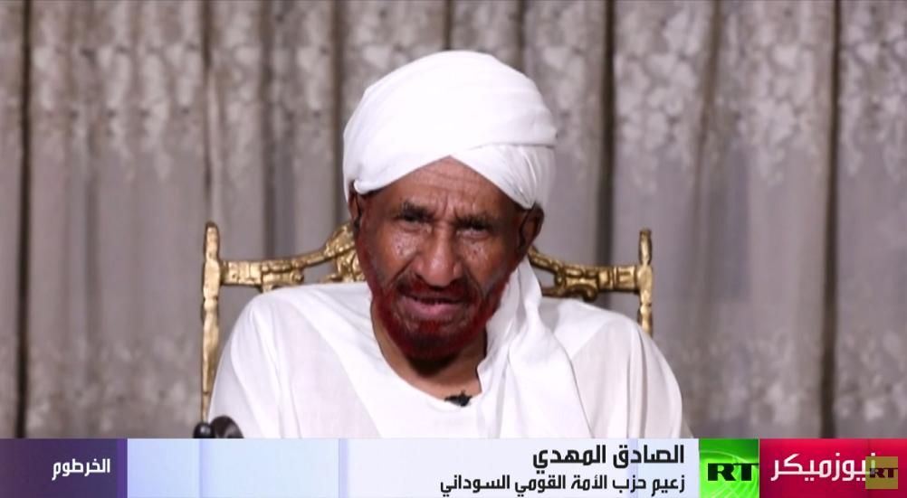 زعيم حزب الأمة القومي السوداني الصادق المهدي