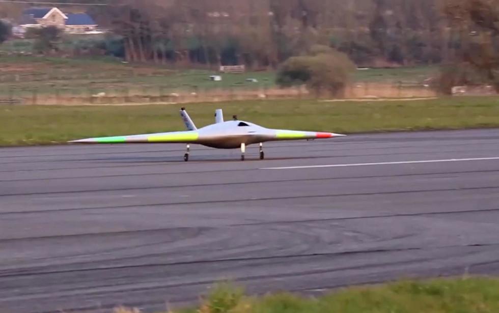 لأول مرة في تاريخ الطيران.. طائرة فرط صوتية بدون جنيحات