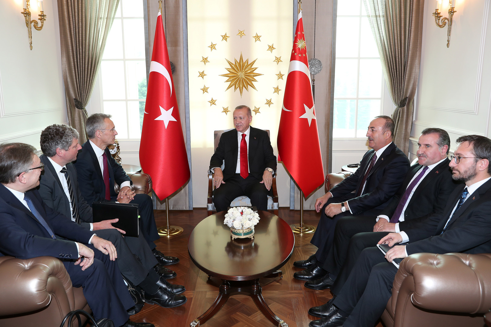 أردوغان: نتوقع أن يدعم الناتو حقوق تركيا في شرق البحر الأبيض المتوسط -