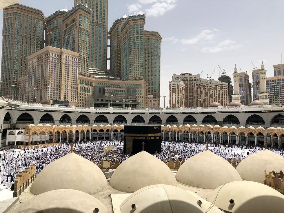 المسلمون يؤدون العمرة في المسجد الحرام، مكة المكرمة، السعودية، 25 مايو 2018