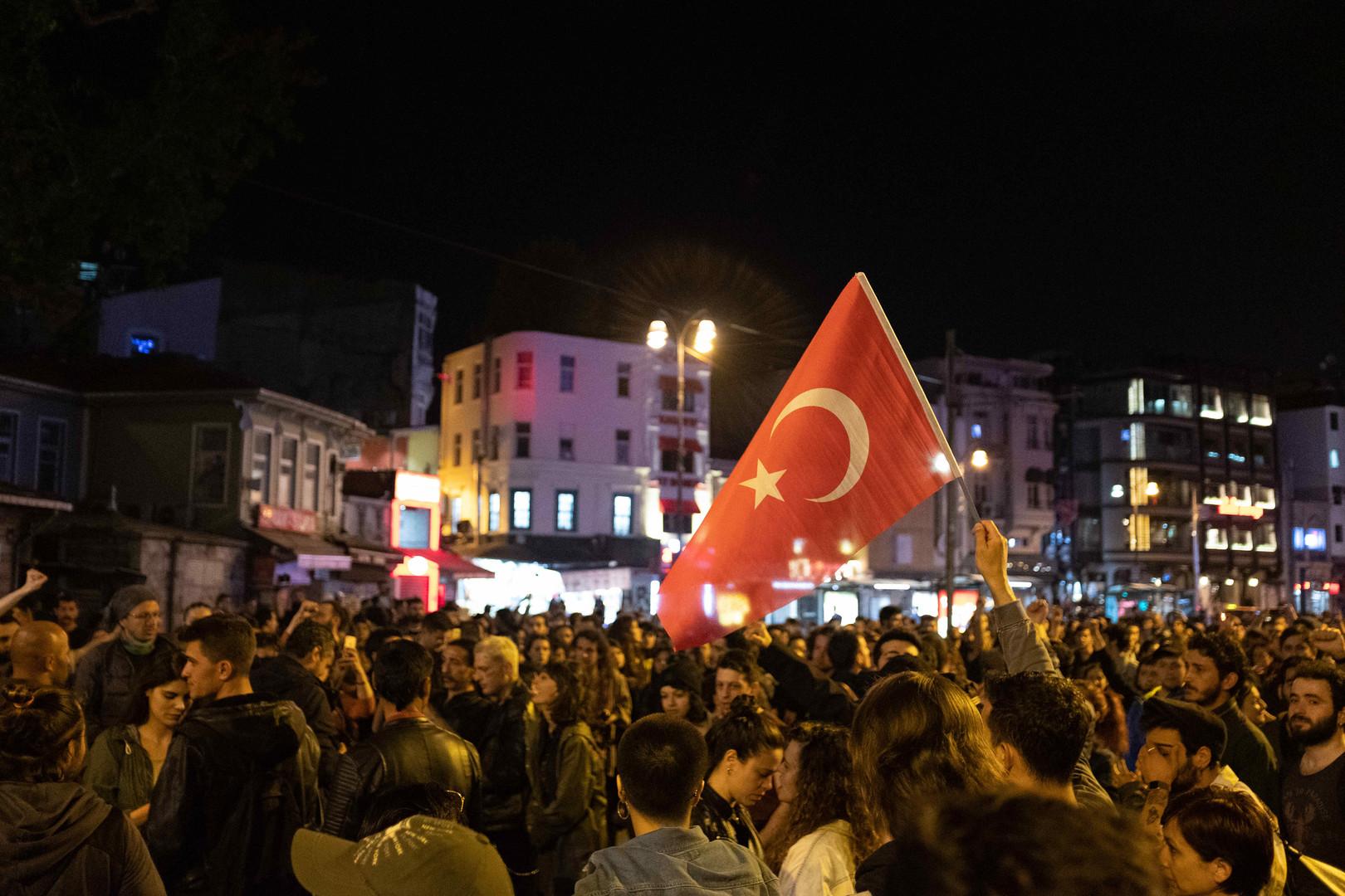 احتجاجات في إسطنبول بعد إلغاء نتائج البلديات