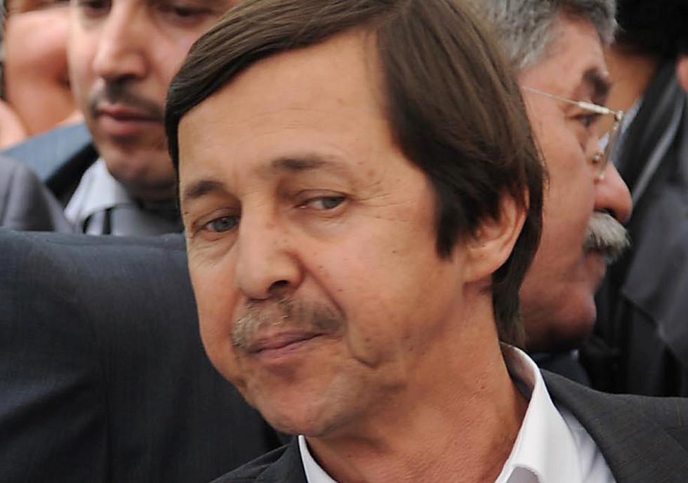 عقوبة قد تصل إلى الإعدام في انتظار شقيق بوتفليقة ومسؤولين جزائريين سابقين