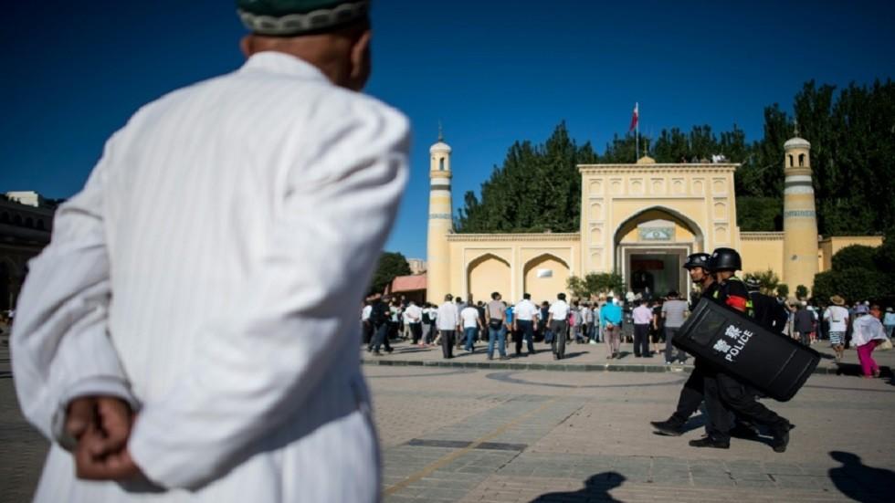 مواجهة علنية بين الصين وأمريكا حول الأويغور