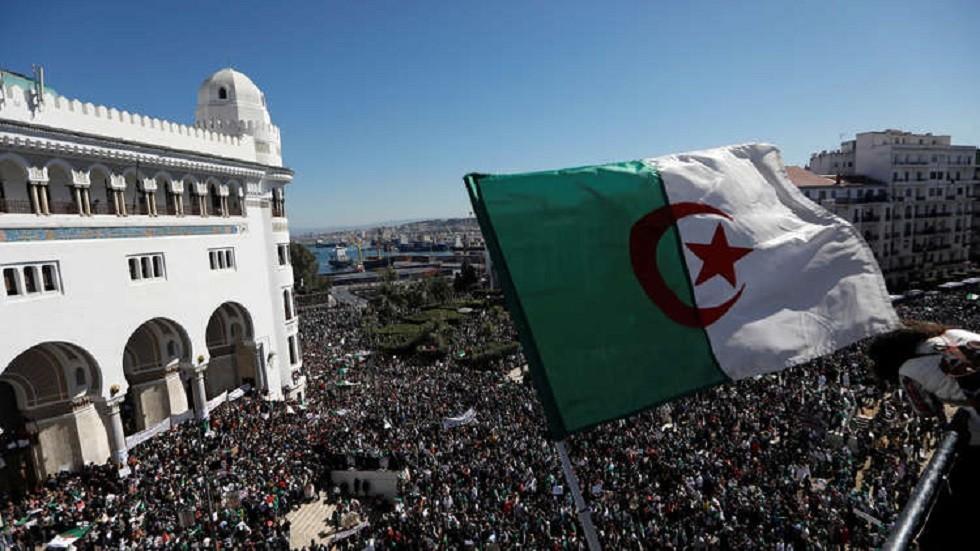 وزير الداخلية الجزائري: لن نسمح بجعل بلادنا ميدان تجارب وشعبنا عينة اختبار