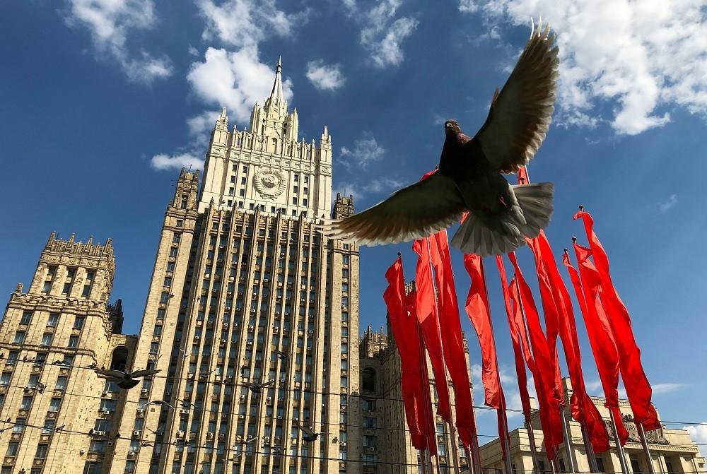 موسكو: مستعدون لبحث مقترح ترامب بشأن معاهدة جديدة لنزع السلاح النووي