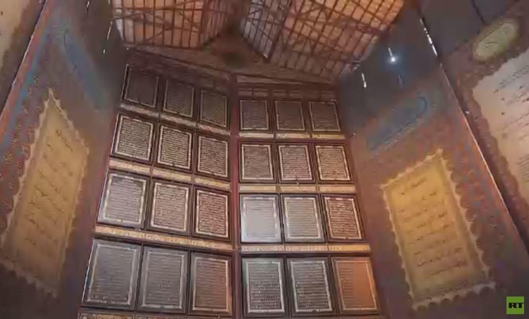 إندونيسيا.. أكبر قرآن خشبي في العالم