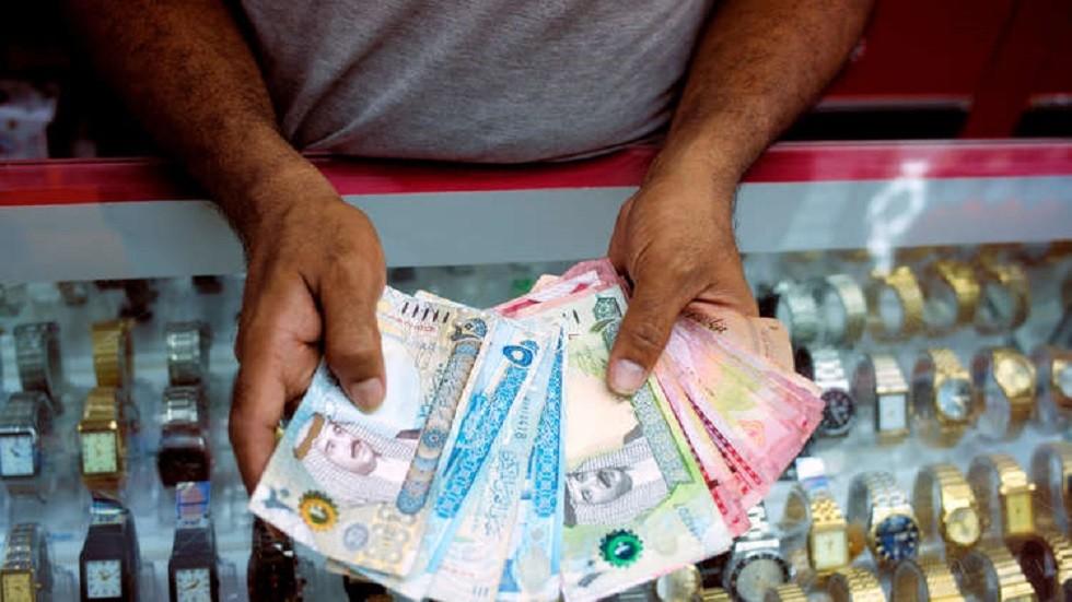 البحرين تتسلم أول دفعة من برنامج دعم مالي خليجي
