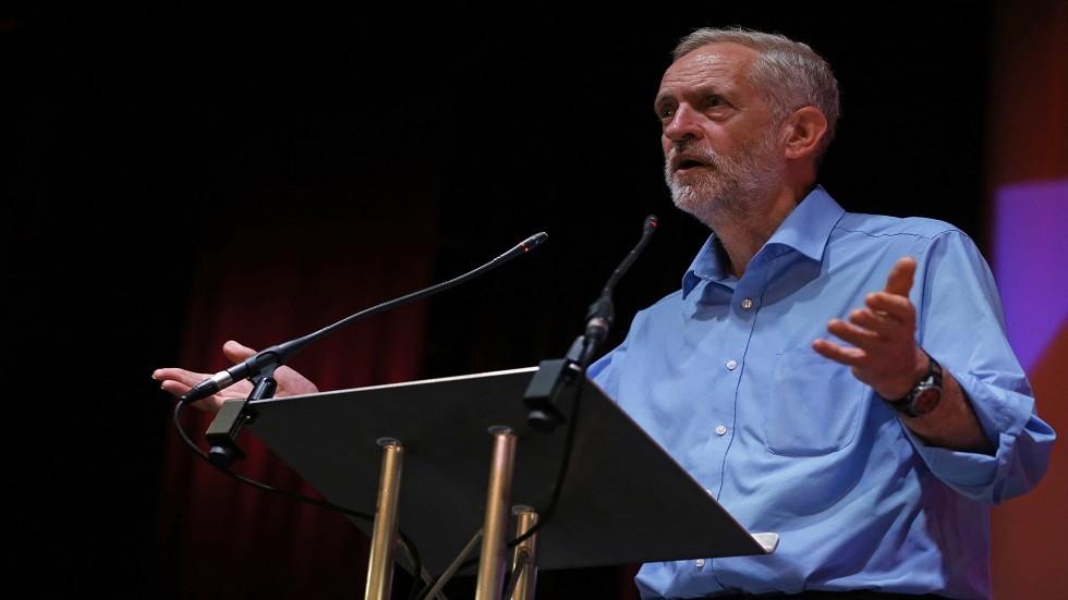 زعيم حزب العمال البريطاني المعارض، جيريمي كوربن