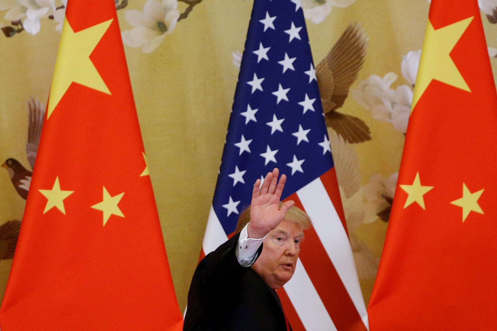 ترامب للصين: الدولارات تصب في جيبي وأنا لست مستعجلا!