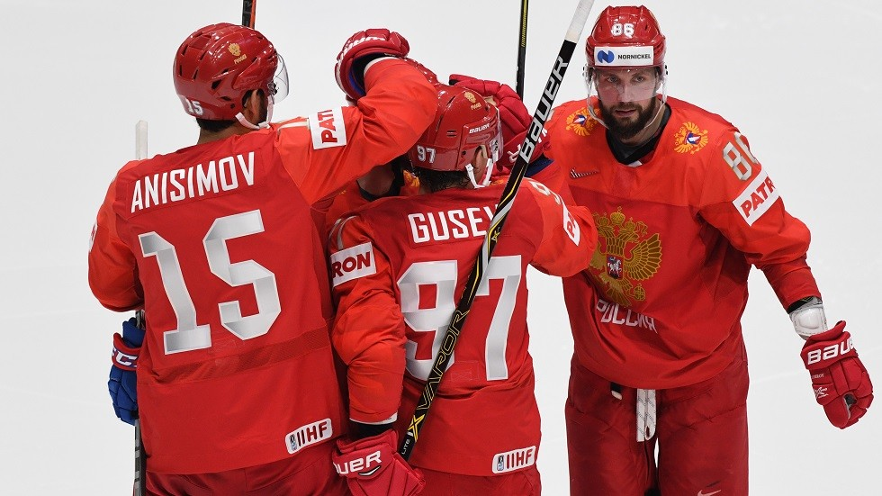 روسيا تستهل مشوارها في بطولة العالم للهوكي بخماسية في شباك النرويج (فيديو)