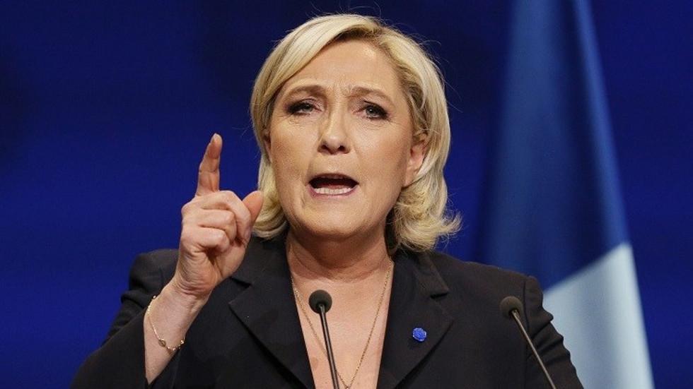 زعيمة حزب التجمع الوطني ماري لوبان