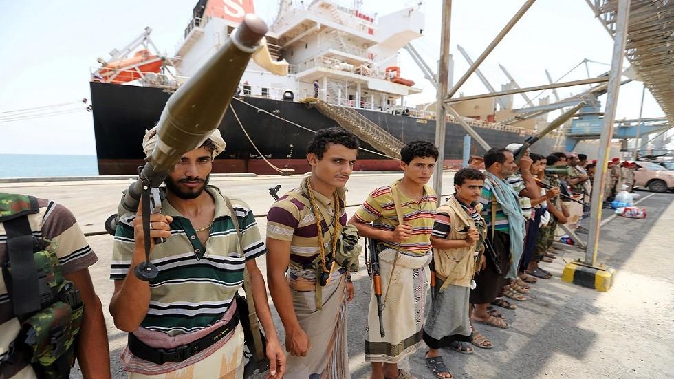 الحوثيون يستعدون للانسحاب من موانئ الحديدة