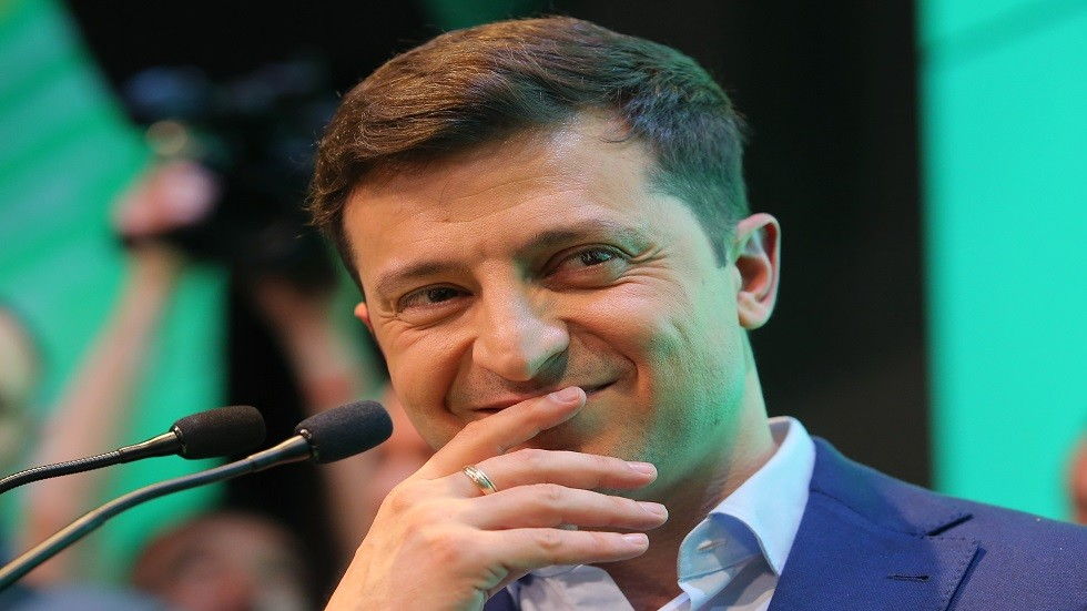 استدعاء زيلينسكي إلى المحكمة