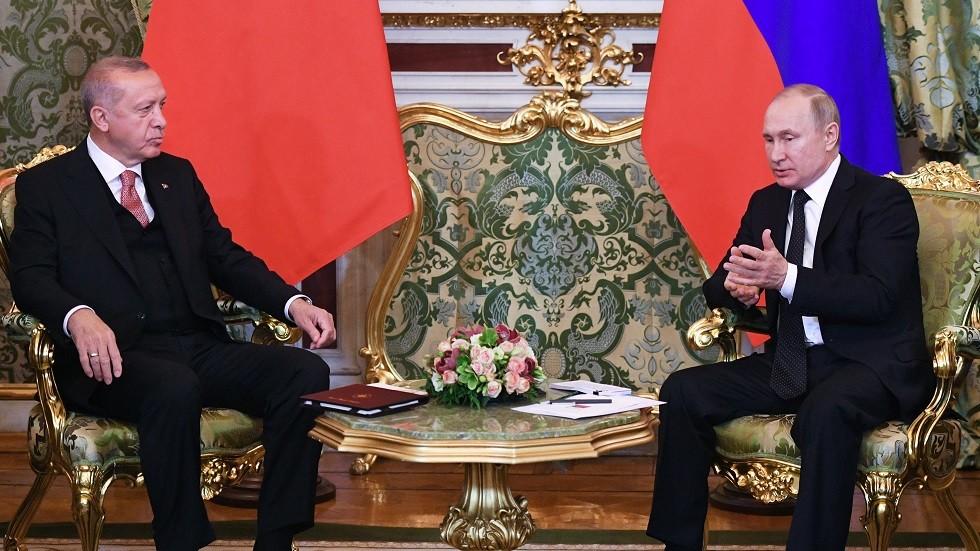 بوتين يبحث الوضع في إدلب مع أردوغان