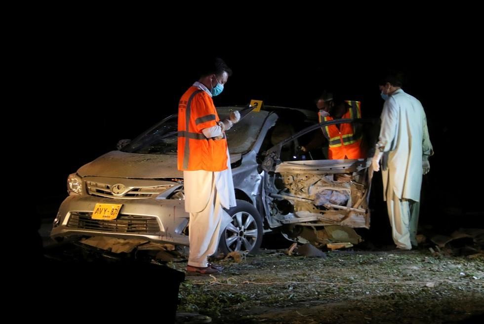 مقتل 4 من الشرطة وإصابة آخرين بتفجير عبوة ناسفة في باكستان