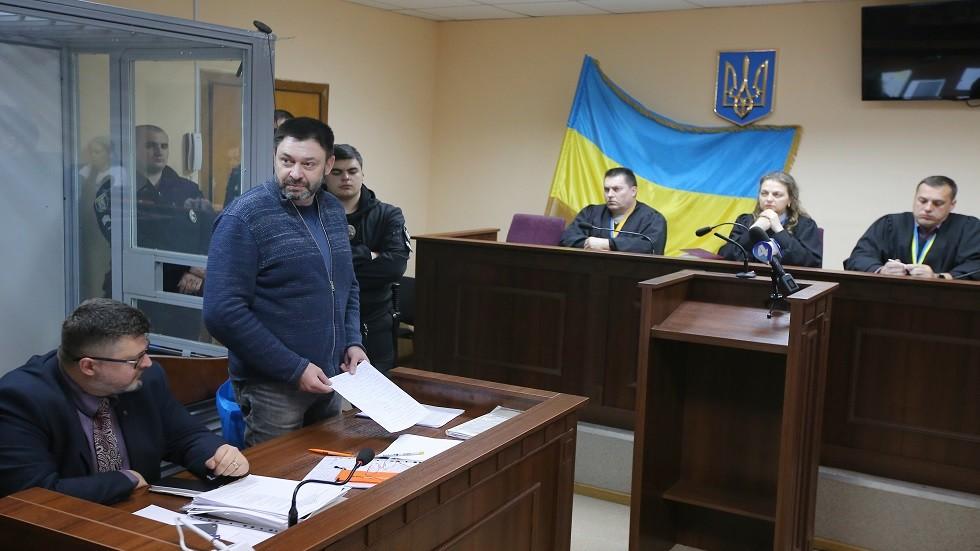 الصحفي الروسي المعتقل في أوكرانيا يشكر زملاءه