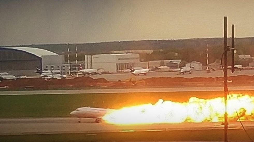 فيديو جديد لحادث احتراق الطائرة الروسية