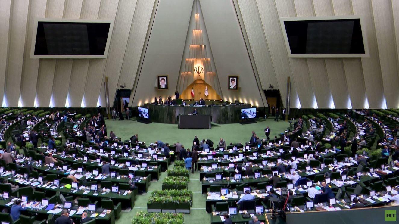 إيران تتهم إسرائيل بالوقوف وراء الهجمات على ناقلات النفط والسفن التجارية بالخليج