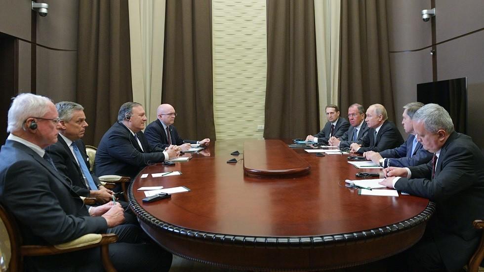 مساعد بوتين يكشف عن المواضيع التي ناقشها الرئيس الروسي مع بومبيو