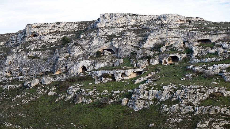 كيف عاشت عائلات العصر الحجري قبل 14 ألف سنة؟