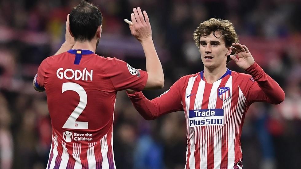 أتلتيكو مدريد يجد بدلاء للاعبيه الراحلين في فريق واحد!