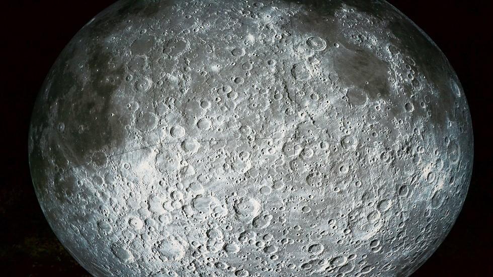 ناسا تنشر صور موقع تحطم المركبة الإسرائيلية على القمر!
