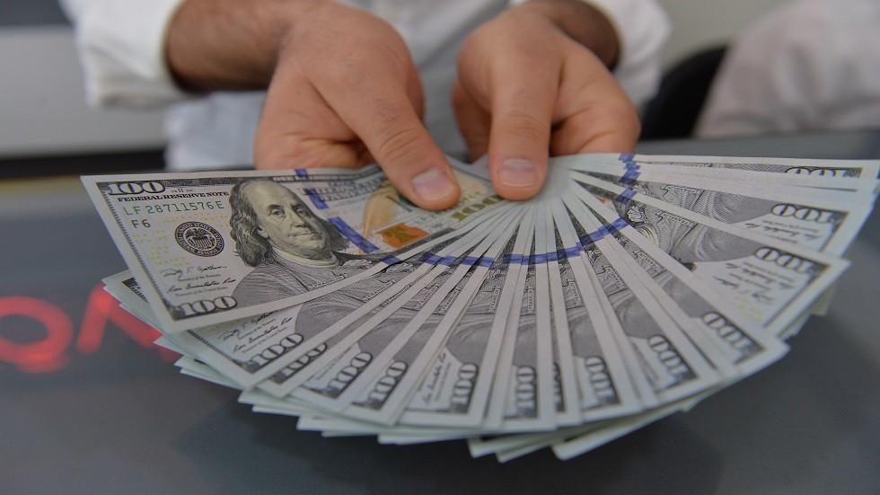اليوم أصبح بإمكان أي مواطن عربي أن يصبح أغنى من المواطن الأمريكي