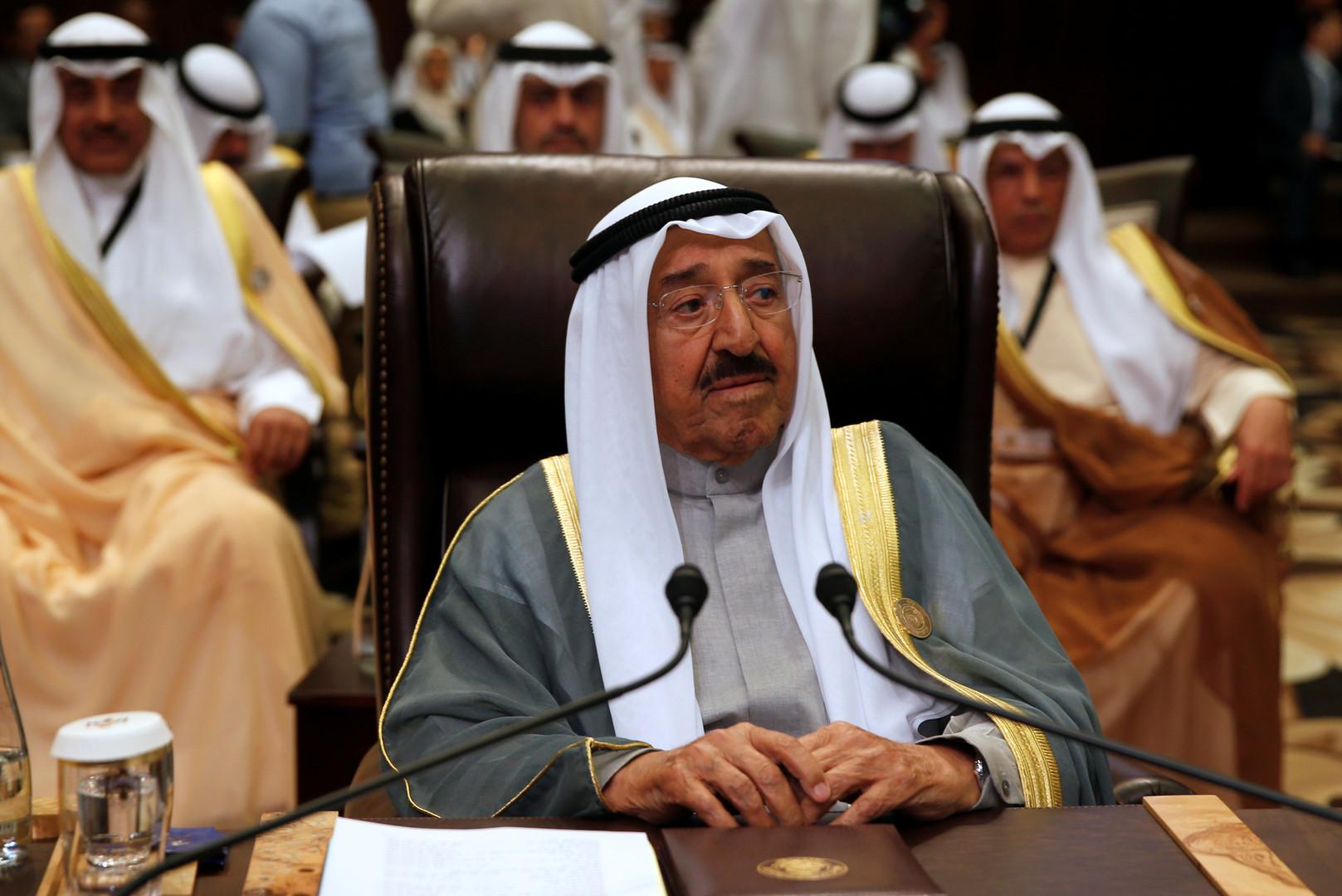 الكويت تتحدث عن جهود أميرها لإبعاد