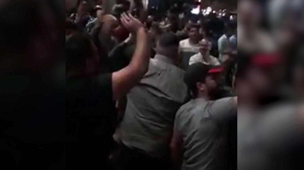 الصدر يدعو لاعتصام ضد الفاسدين بالعراق