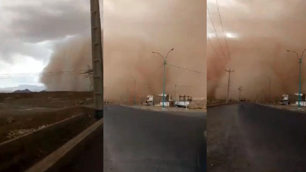 عاصفة رملية هوجاء تجتاح مدينة إيرانية
