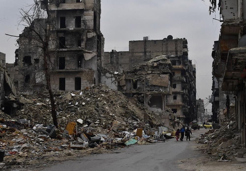 مصدر عسكري لـ RT: تحرير 9 أشخاص محتجزين لدى المسلحين بعملية تبادل في ريف حلب