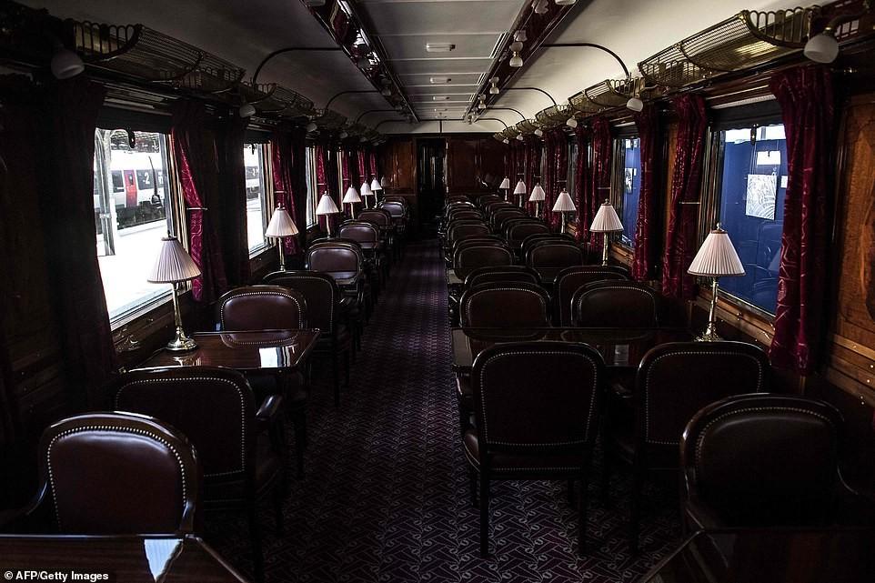 بعد أكثر من 40 عاما.. فرنسا ترمم أقدم وأفخم قطار بالعالم (صور)