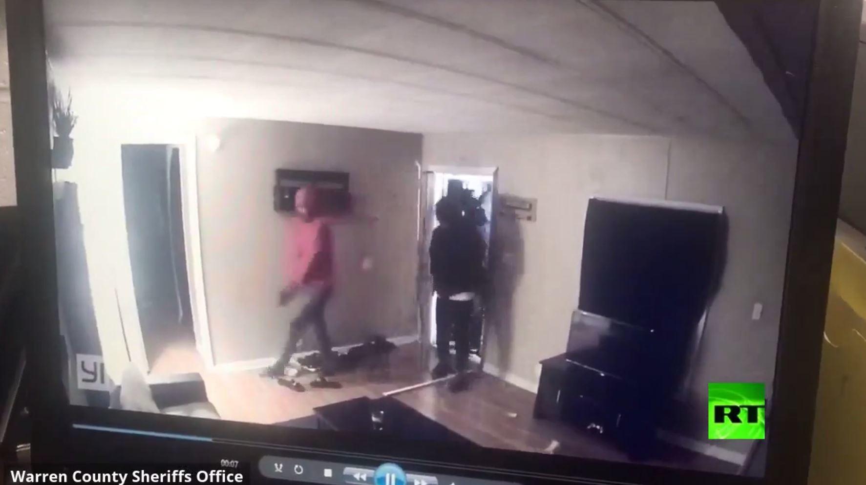 دخلوا لسرقة منزل فكانت المفاجأة بانتظارهم!