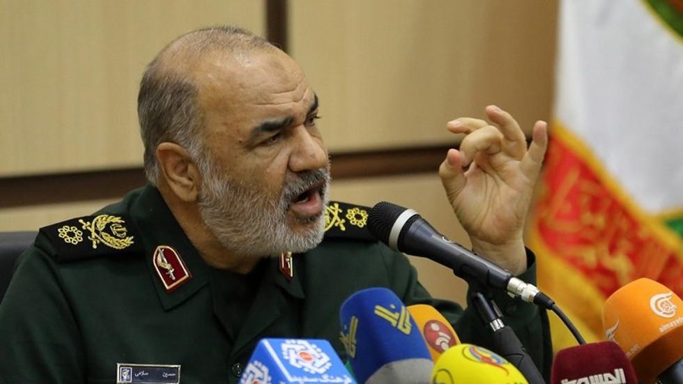 قائد الحرس الثوري الإيراني اللواء حسين سلامي
