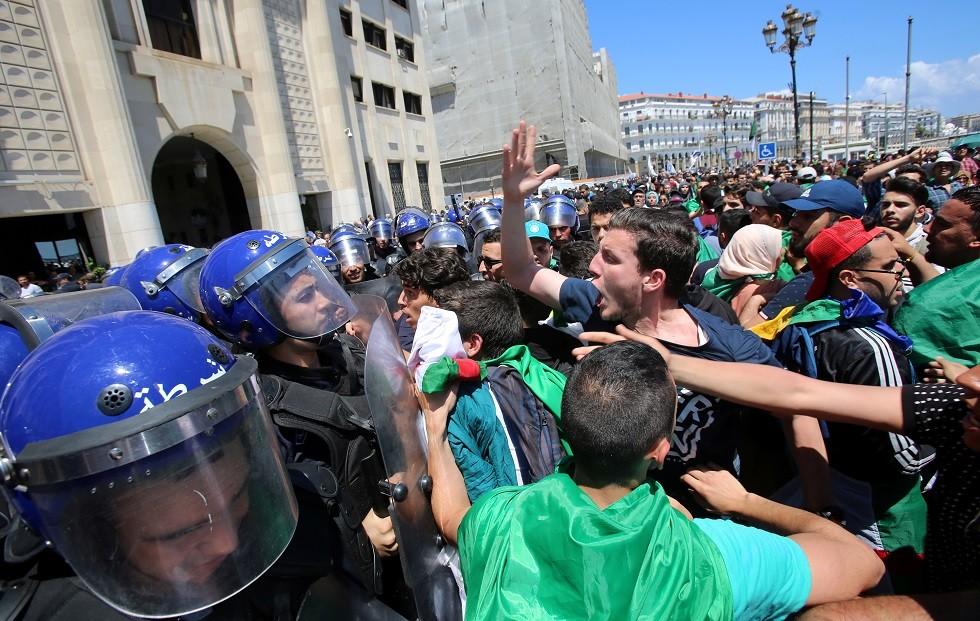 مظاهرة مناهضة للحكومة في الجزائر العاصمة، 14 مايو 2019