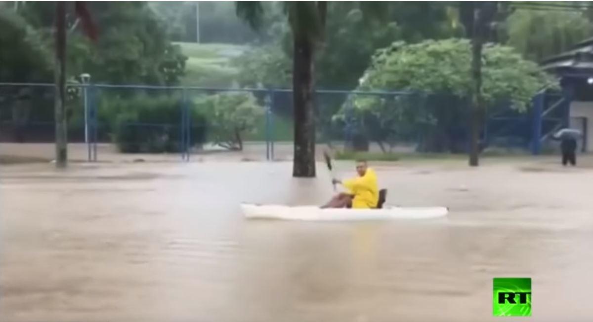 فيضانات عارمة في جنوب شرق البرازيل تسبب انهيارات أرضية