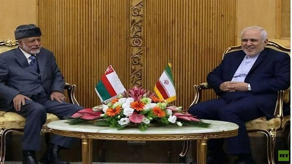 الخارجية الإيرانية: وزير الخارجية العماني يوسف بن علوي يصل طهران ويلتقي نظيره محمد جواد ظريف